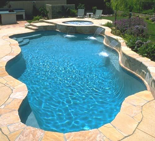 Mantenimiento y construccion de piscinas en madrid y toledo for Modelos piscinas de obra